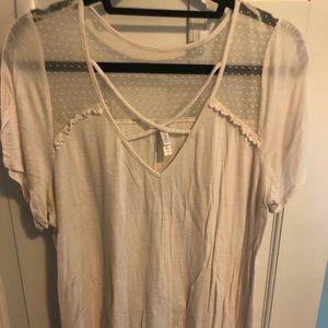 Xhilaration Cream Tshirt